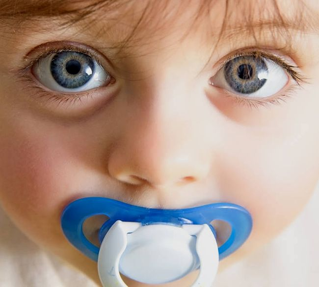 Pacifiers are harmful for your baby's teeth