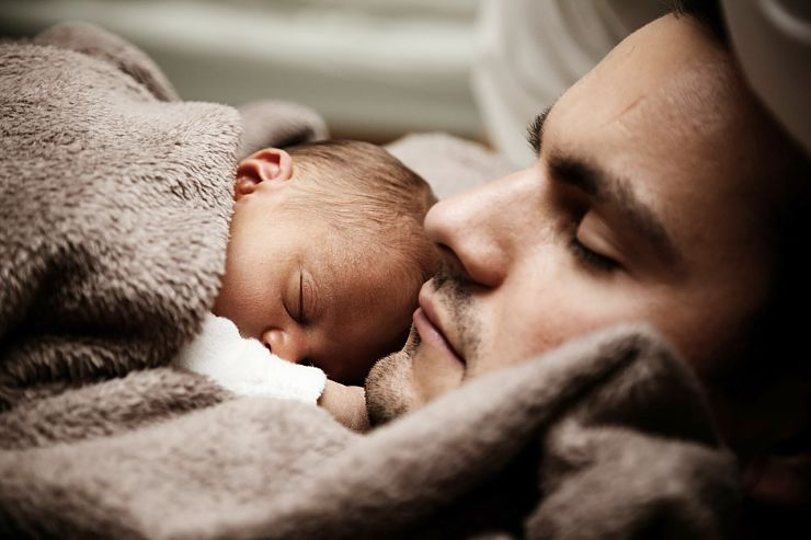 Co-Sleeping with Baby Photo 2