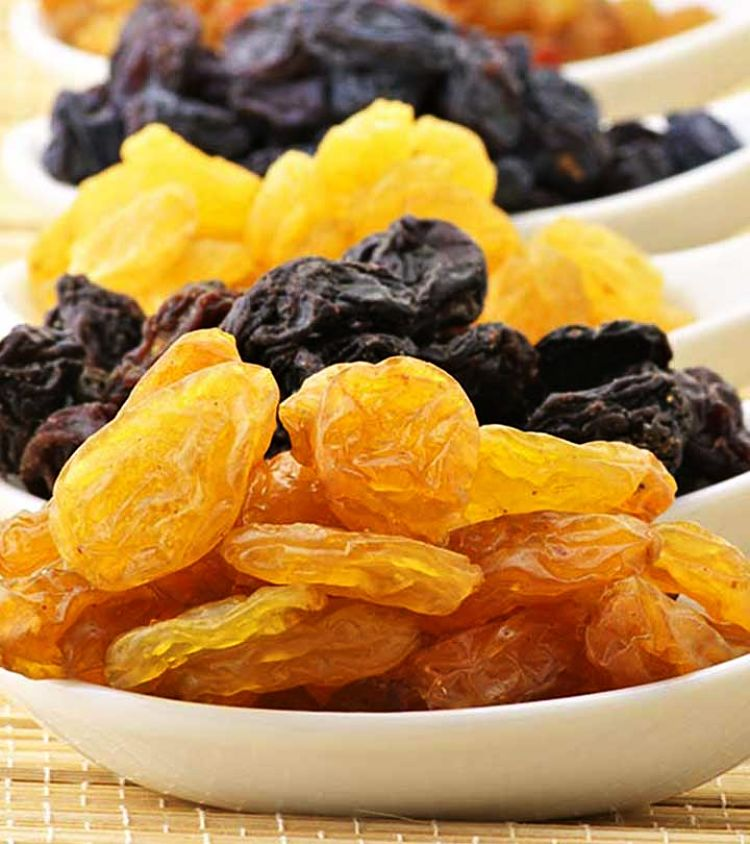 Discover the health benefits of dried fruits and how nutritious they are in this article. But beware they are a concentrated product, they are often expensive, and have high calories and so use sparingly