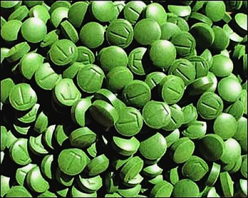 Tablets made from dried Chlorella powder