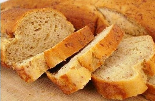 Bread is a common source of gluten that should be avoided